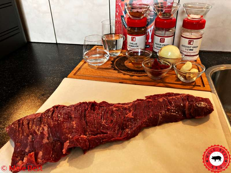 Skirt steak met pittige chilisaus