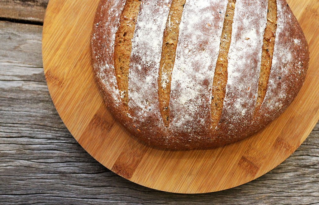 Pão integral de café e grãos – Saudável e delicioso