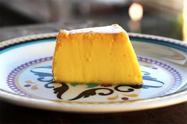 Pudim de laranja - Um pudim cremoso, delicado e cheio de sabor. Prepare essa receita lisinha e deliciosa.