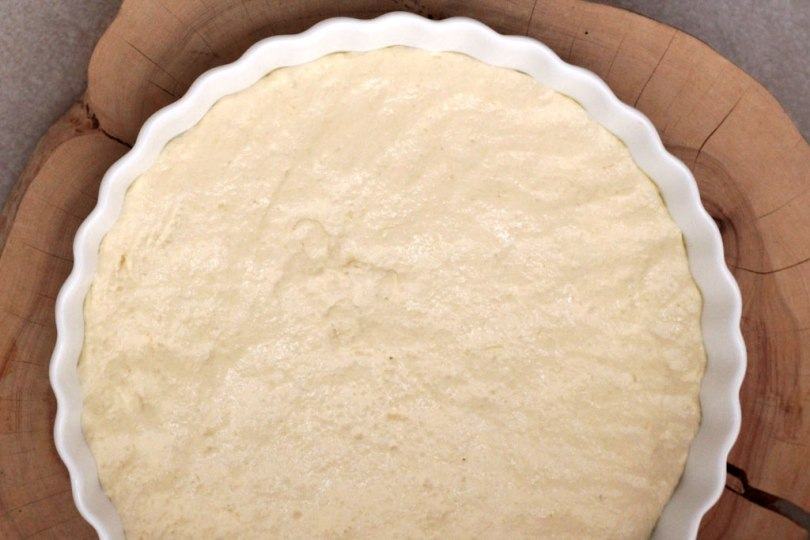 Focaccia Pugliese - Essa é uma receita tradicional da região de Puglia na Itália. A Focaccia Pugliese é feita com tomate-cereja, azeitonas e sua massa leva batata cozida. Confira a receita.