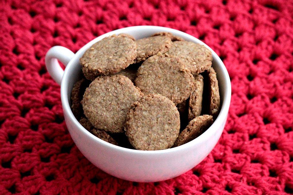 Biscoitos integrais com aveia - Fáceis e gostosos