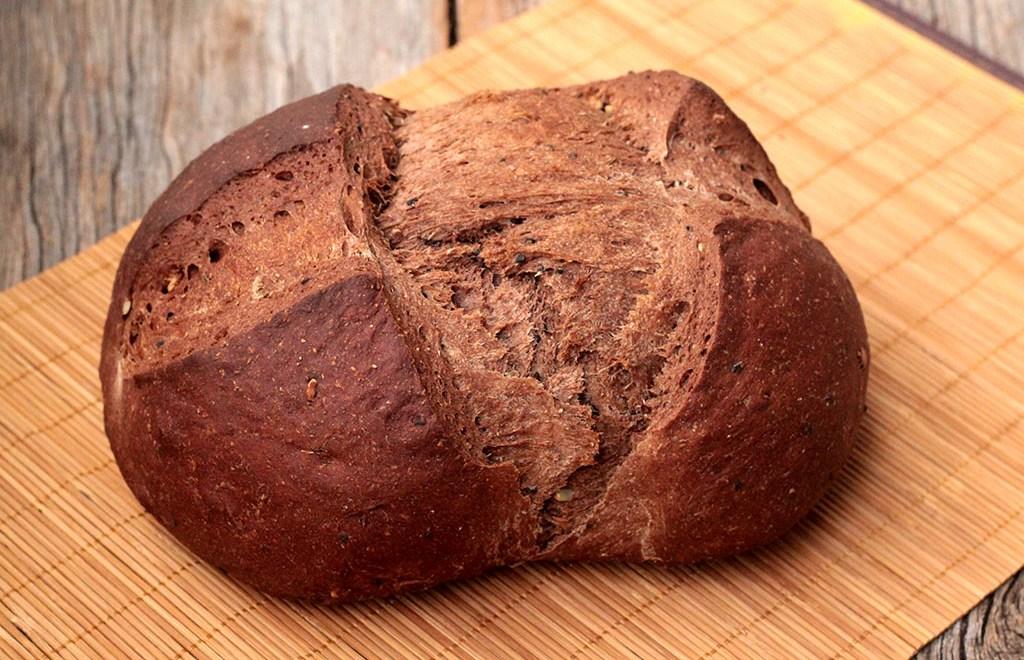 Pão preto – Aprenda a fazer em casa