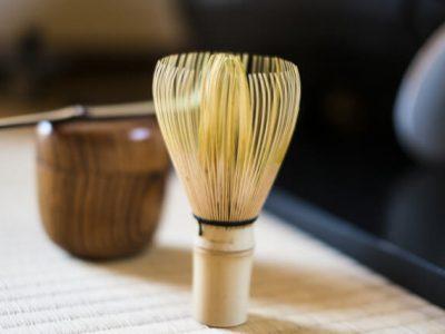 お家でホッと一息。自宅でお抹茶を点てるためのお道具や美味しい和菓子をご紹介