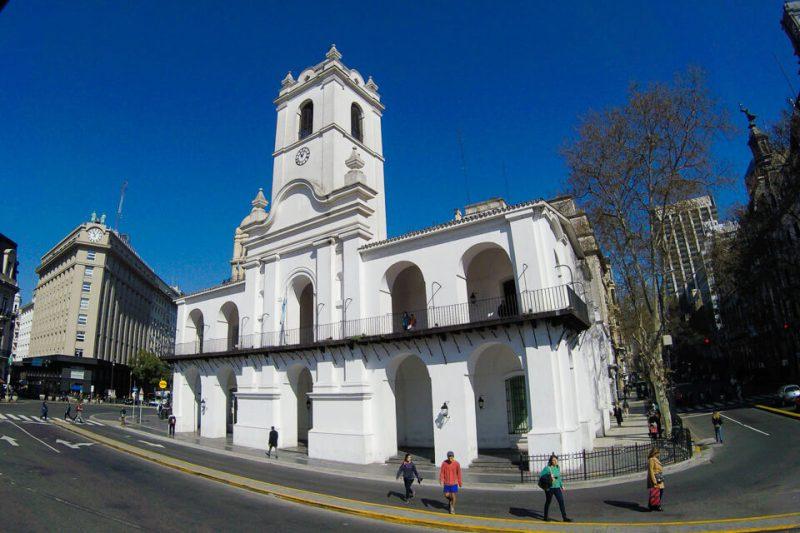 Buenos Aires Bus – Plaza de Mayo – Cabildo