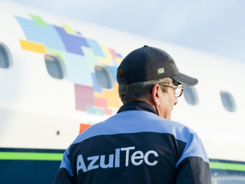 O incidente e o avião remendado Azul