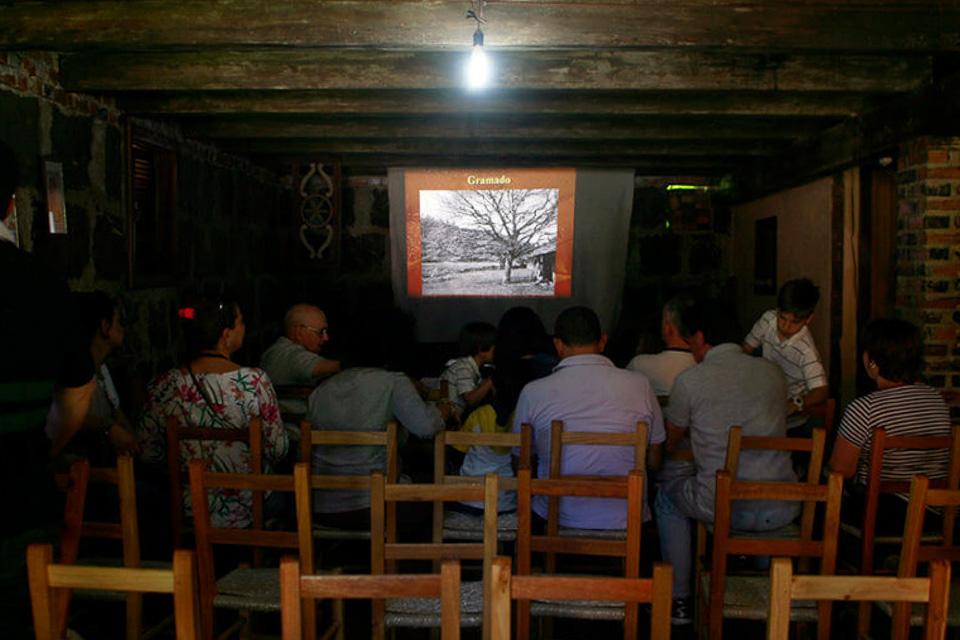 Tour o Quatrilho, um roteiro de agroturismo na Serra Gaúcha história da família Grins