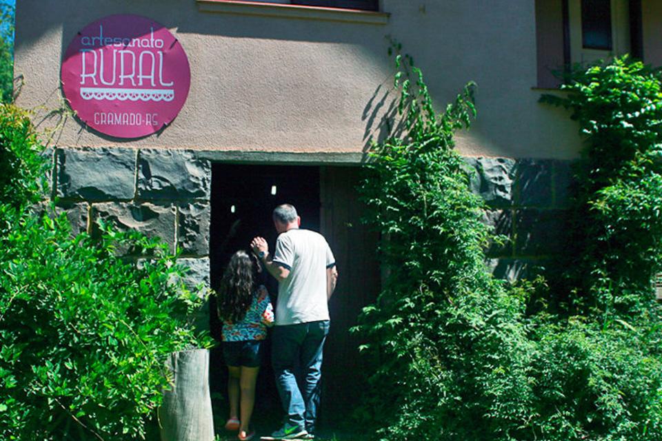 Tour o Quatrilho, um roteiro de agroturismo na Serra Gaúcha família Grins