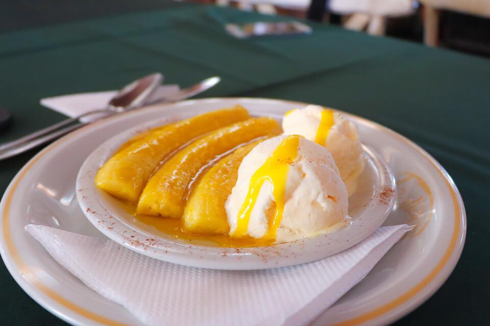 Onde comer em Gramado e Canela? Sobremesa de Banana Flambada com sorvete