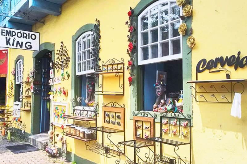 Bate e Volta de Sampa pra Embu das Artes e faça compras no Empório King