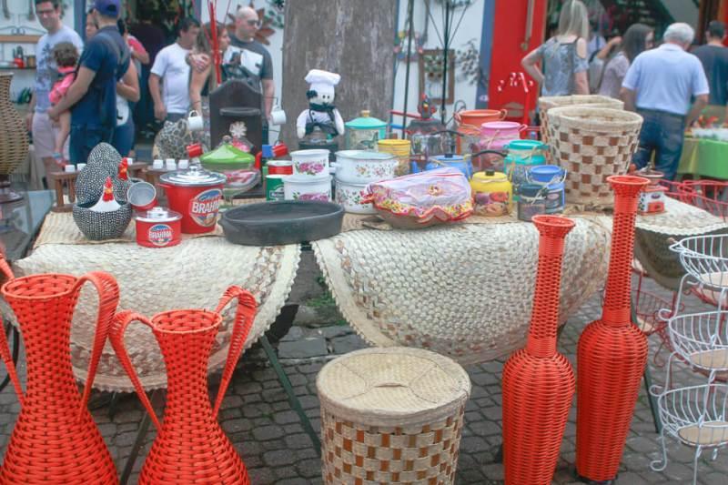 Bate e Volta de Sampa pra Embu das Artes e faça compras