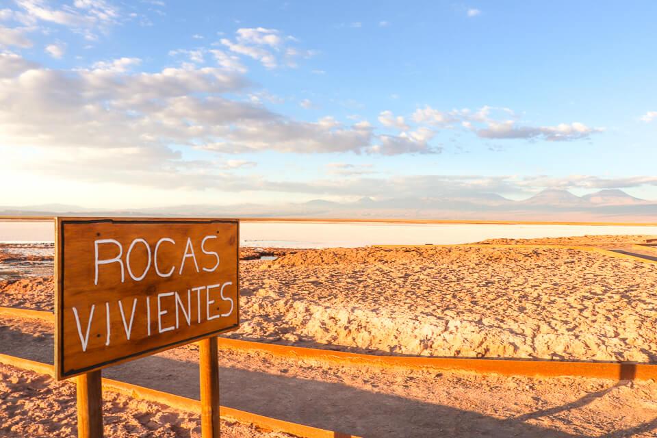 Laguna Tebinquiche é um dos principais atrativos do Atacama