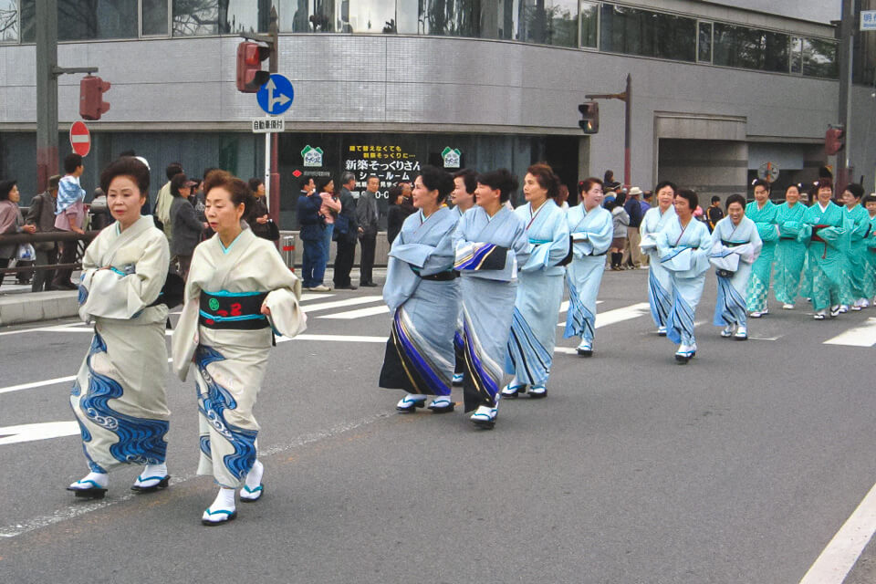 Lugares imperdíveis no Japão - Okazaki - sakura - fetivais