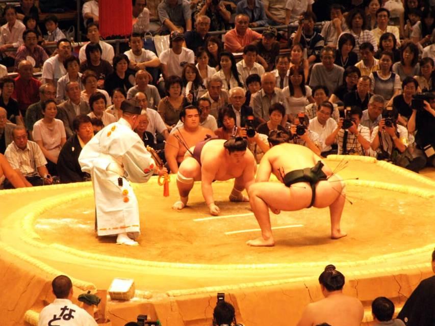 Onde assistir sumo no Japão