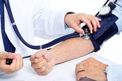 Não dormir bem afeta a pressão sanguinea