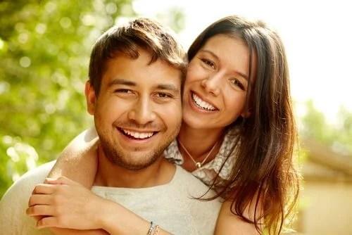 habitos-para-ser-um-casal-feliz Como construir um amor duradouro entre casal?