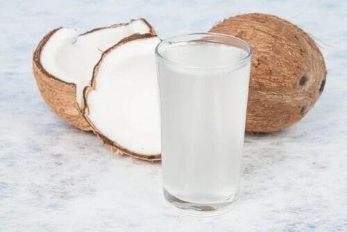 Copo de água de coco