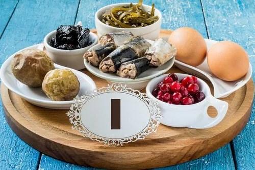 Alimentos com iodo para controlar o hipotireoidismo durante a gravidez