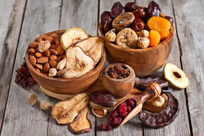 Frutos secos em uma tijela