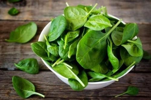 espinafre-500x331 Alimentos vegetais ricos em cálcio
