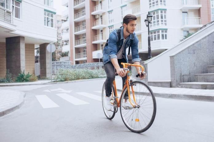 vantagens-bicicleta Ir para o trabalho de bicicleta reduz o estresse ocupacional