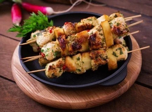 espetinhos-peru-crocantes-500x370 3 receitas de espetinhos de peru saudáveis