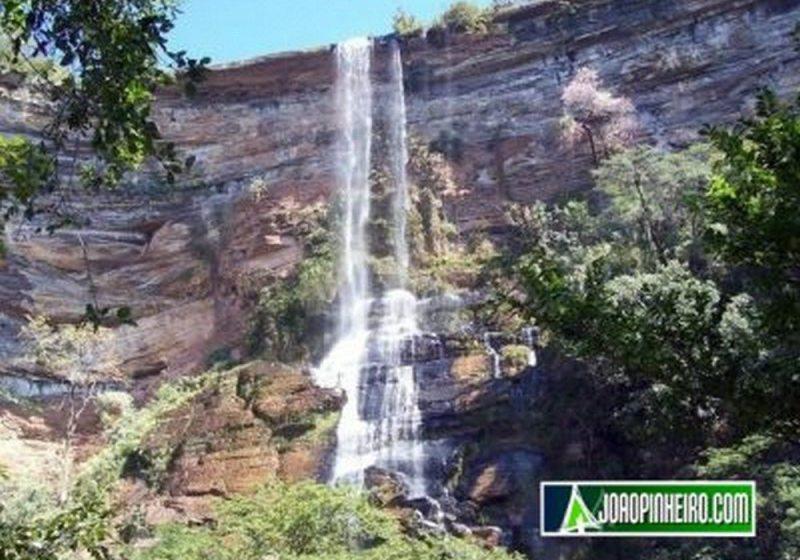 Cachoeira Do Mocambo - João Pinheiro - MG
