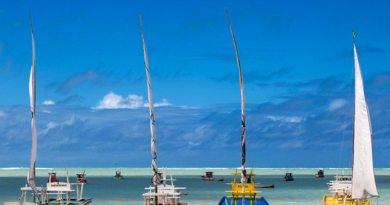 Maceió, capital de Alagoas tem mar com água cristalina