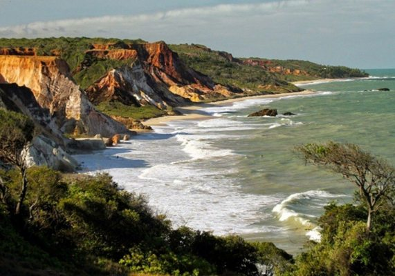 Tambaba – Natureza e naturismo em um só lugar