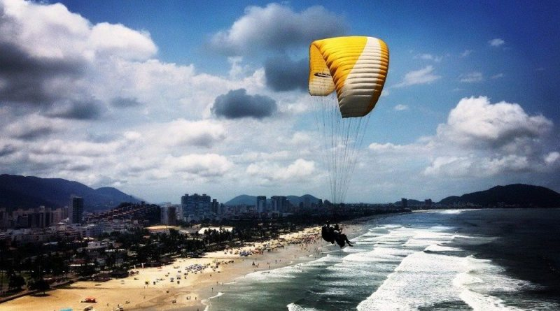 Vista-com-Parapente-Guaruja