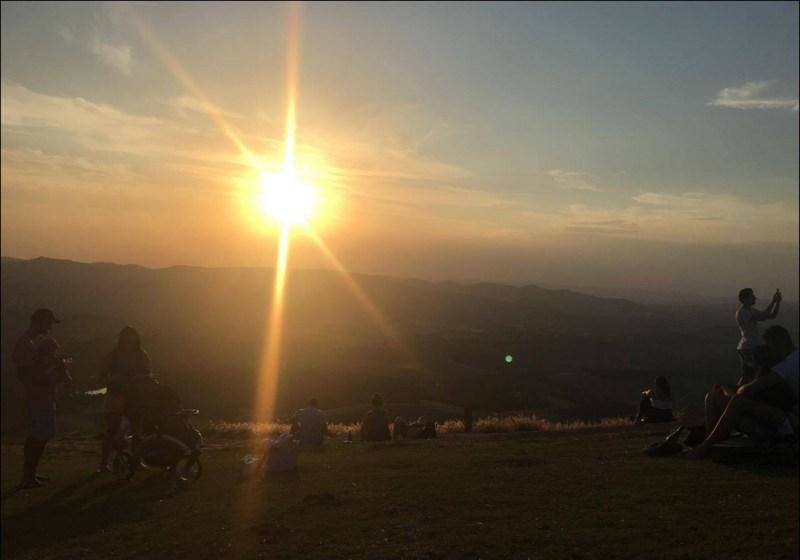 pôr do sol em socorro
