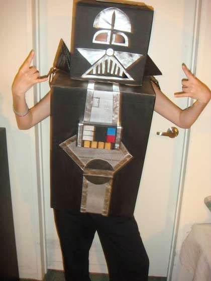 cardboard-darth-vader-costume