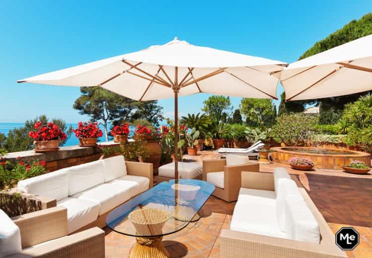 je tuin zomer-proof met een design parasol