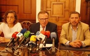Gloria Rojas, Eduardo de Castro y Mustafa Aberchán