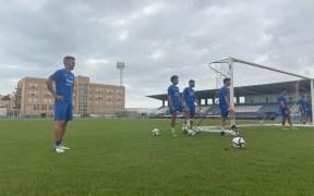 Imagen del entrenamiento de ayer de la U.D. Melilla
