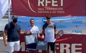 Saulo Tejada y Víctor López han dominado la séptima etapa de la Liga MAPFRE