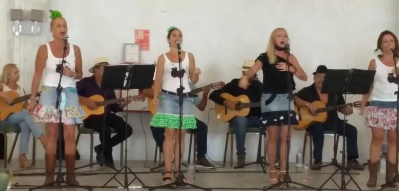Actuación de la Escuela de Flamenco