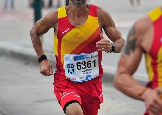 """El atleta melillense entró a meta con un tiempo de 36 minutos y 36 segundos, tras el campeón malagueño Juan Vázquez Sánchez, que paró el crono en 34'04"""""""