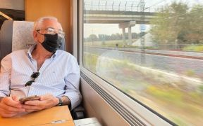 Imbroda en el tren