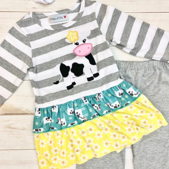Melina & Me - Clarabelle Outfit (Front)