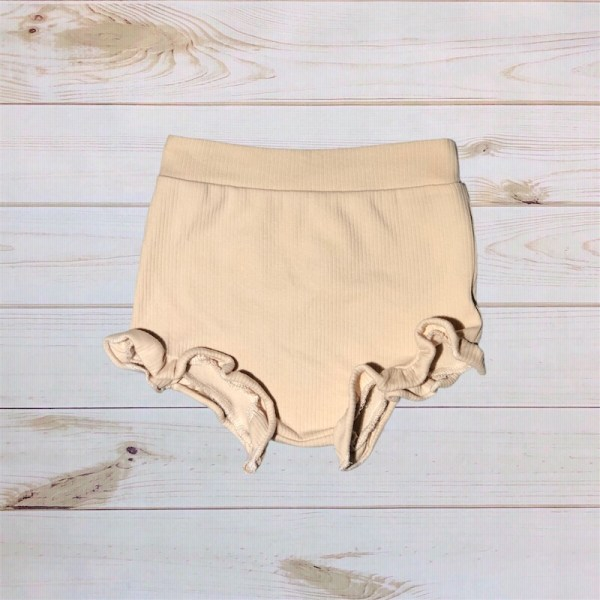 Ribbed Ruffle Bloomers (Cream)