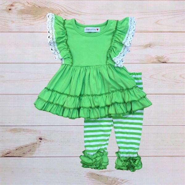 Clover Outfit (Capri Pants)