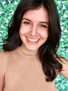 Melinda Ozel - headshot
