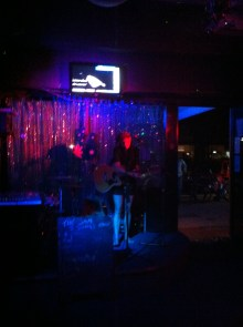 Tuning up at the 12 bar blue Cairns.