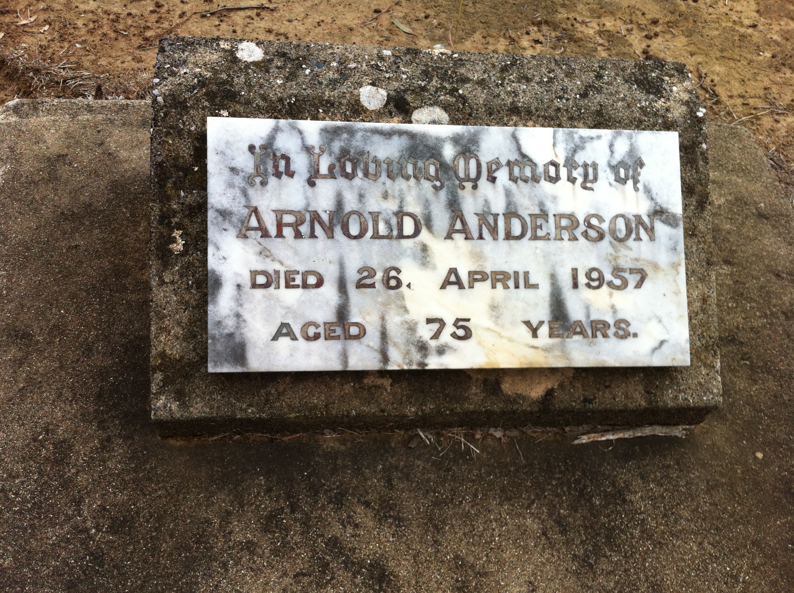 arnold anderson now resting at bannockburn