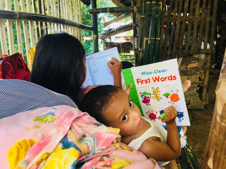 kids reading on world literacy day 2018