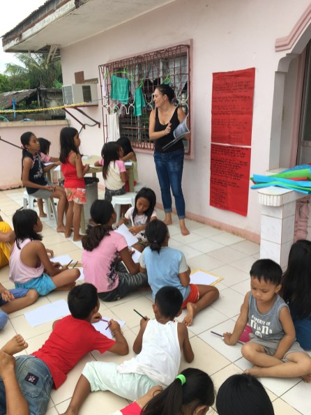 kids on the back deck (1)