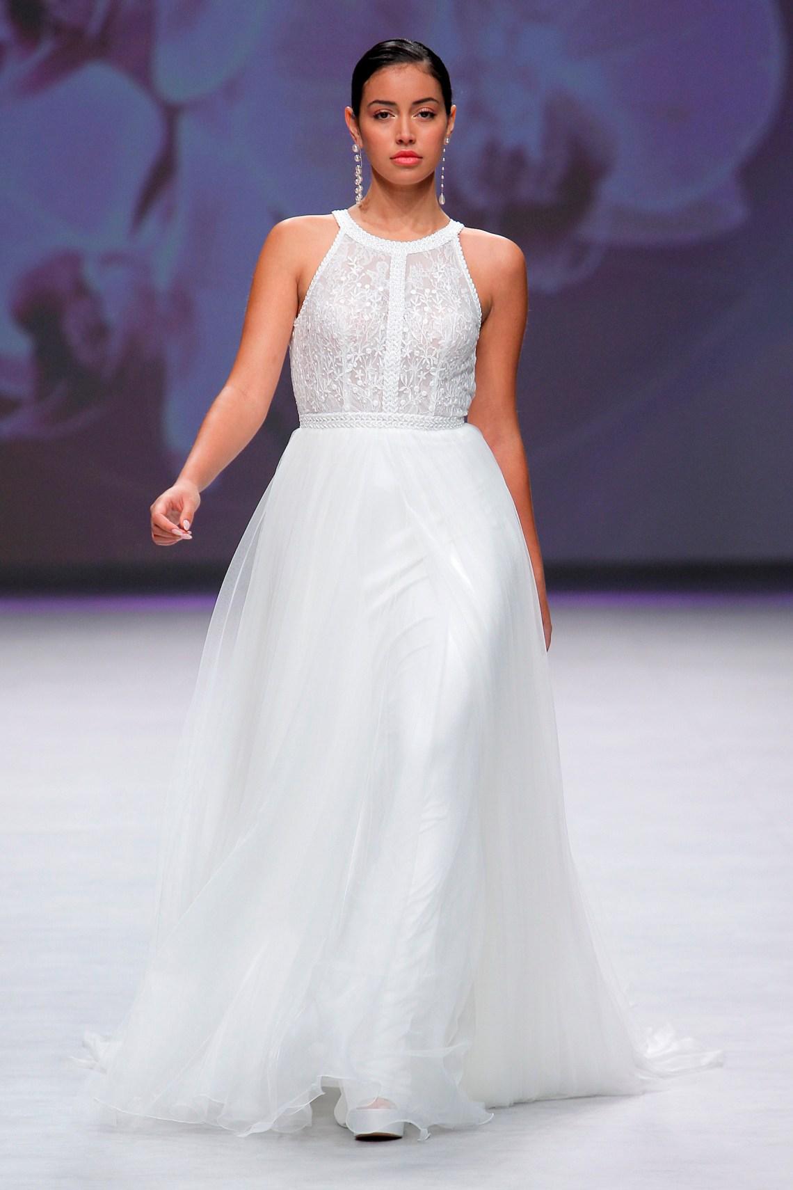 Vestidos de novia Aire Barcelona 2020