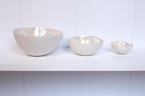 nesting porcelain bowls