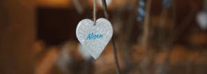 unique heart wedding favours
