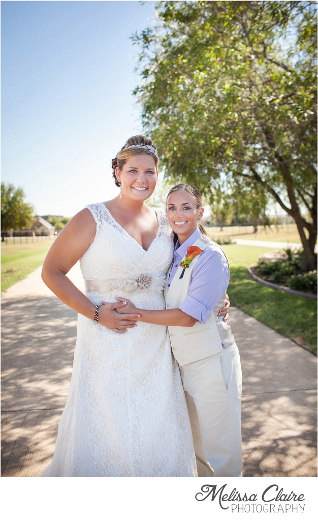 sara-melanie-backyard-fall-wedding_0016
